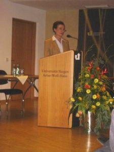 Frau Prof. Dr. Hantos